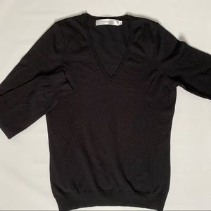 Simons Contemporaine Fine knit V-neck sweater